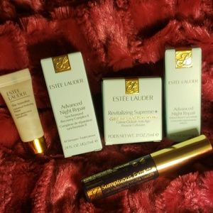 ESTEE LAUDER ADVANCED skincare set.
